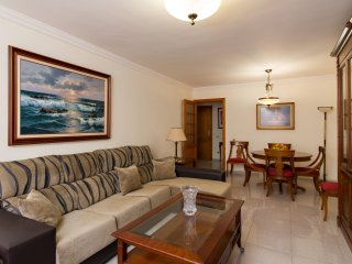Luxurious duplex with parking in Las Canteras' beach