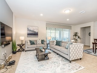 Luxury 8BR 6bth Windsor at Westside home w/ South facing Pool/Spa from $293nt