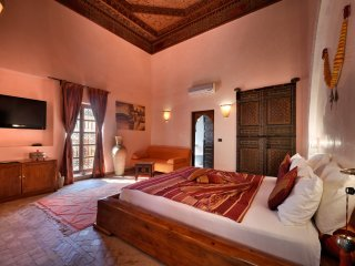 luxury room Riad Les Ammonites