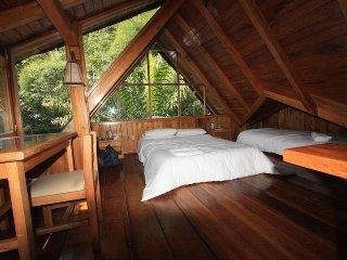 La providencia de Mindo Wooden house Room 1