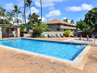 Tracy's Tropical Treasure #4 Named #1 Vacation Rental in Maui! (Sleeps 4)
