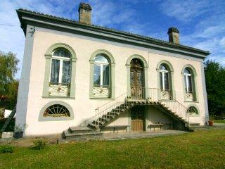Villa Pradias big garden near Toulouse & Lourdes