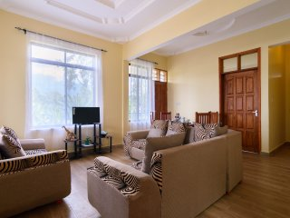 RAYAN ARUSHA APARTMENTS(3): THE 3 BEDROOMS FLAT