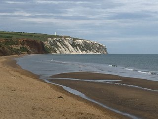 Just a few minutes walk from the site along the coastal path is the stunning sandy Yaverland Beach.