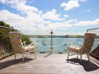 1 The Terrace, Rock. Sleeps up to 15 in 4-6 Bedrooms overlooking the River Camel