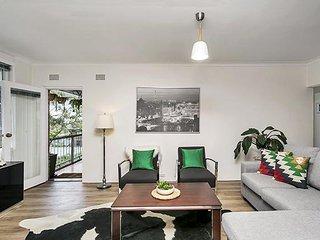 Leafy, Super Convenient Chatswood Apartment JANET