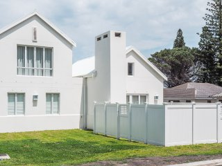 Stylish Beach House Stone's Throw from Langbaai Beach