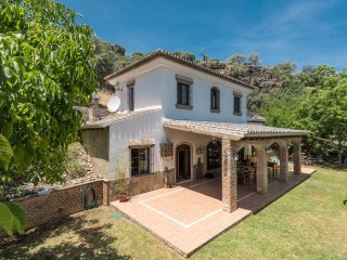 Andalusian villa with private river and big garden