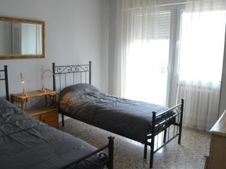 Twin room with large balcony Venice Mestre railway