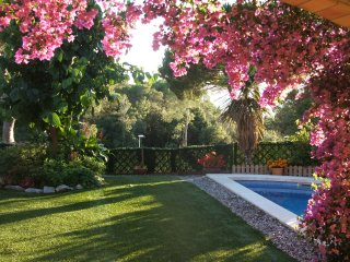Enjoy Villa Alegria, relax in comfort in this beautiful area