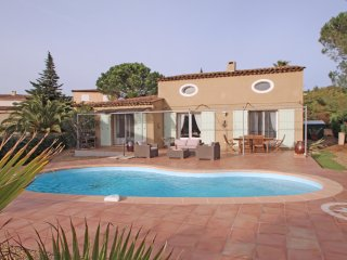 Villa T6 - 8 personnes - Piscine privative - Climatisation - WiFi - Ste Maxime