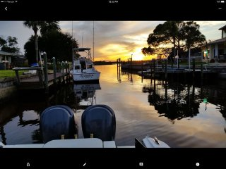 BoatersParadise,PERFECT LOCATION with Private Boat Dock and Pool-Daytona Events