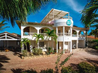 Beyond The Corals, scuba diving and apartments