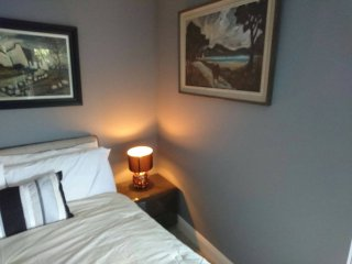 BELFAST COSY CABIN  8 MINUTES TO BELFAST CITY CENTRE
