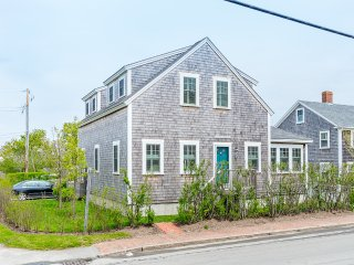9 North Beach Street, Nantucket, MA