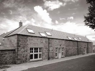 Old Farm Holiday Cottages - Hayloft House