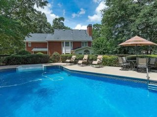 Beautiful New 4BR 3BA in Conyers / Pool