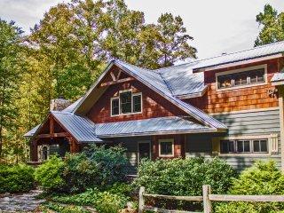 Luxury Mtn Cabin - Peaceful Easy Feeling