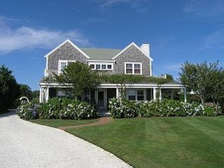 23 Stone Post Way, Nantucket, MA