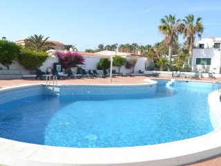 2 bedrooms  POOL WiFi sunny terrace 1 minutes to the beach NATURE