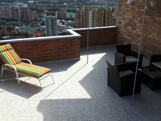 APARTMENT 2 BEDROOM MEDELLIN