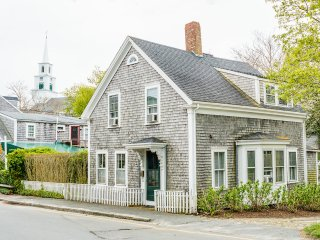 82 Centre Street, Nantucket, MA