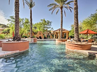 Tucson Condo w/ Private Balcony Resort Amenities!
