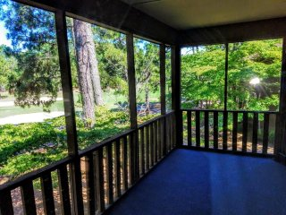 QUIET 2BR 2BA CONDO Nested in the Pines (Off Hyland Golf Course)