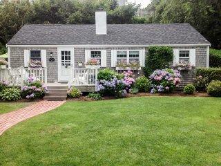 NEW! 3BR Nantucket House - Walk to Beach & Town!