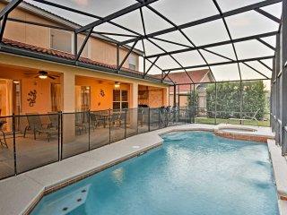 Davenport Villa w/ Outdoor Kitchen & Heated Pool!
