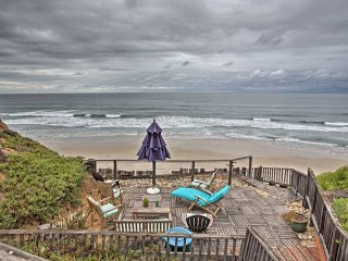 NEW! Seaside 2BR+Loft Solana Beach Condo