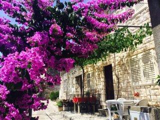 Stone House Katica Grscica