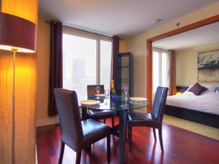 Old Montreal Elegant 1BR, Business & Leisure