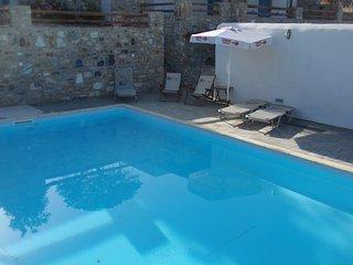 Villa Galazio in collina con splendida vista mare e piscina