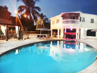 Dominican Republic Bachelor Party Complex Close to Beach FREE BONUSES