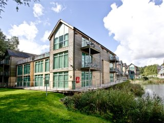 Cotswold Water Park Apartment 5 located in Cirencester, Gloucestershire