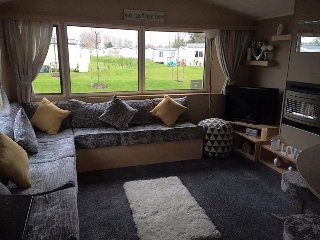 Tattershall lakes 8 berth holiday home with private hottub