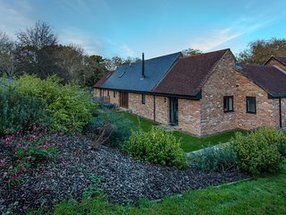 West Barns, Fernhill Farm located in Ryde, Isle Of Wight