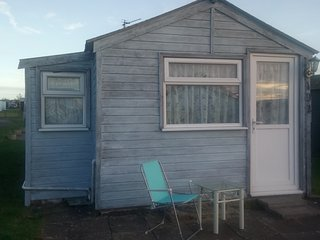 Leysdown on Sea Holiday Chalet sleeps 5/6