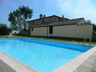 2 bedroom Villa in Monteroni d'Arbia, Tuscany, Italy : ref 5227093