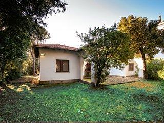 4 bedroom Villa in Livorno, Tuscany, Italy : ref 5226704