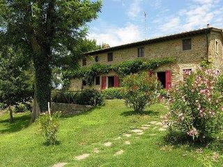 6 bedroom Villa in Rupecanina, Tuscany, Italy : ref 5227043