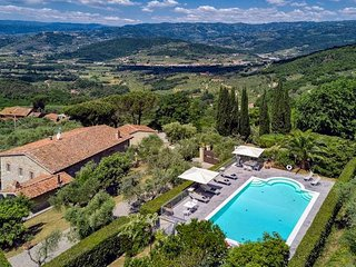 4 bedroom Villa in Ville, Tuscany, Italy : ref 5227090