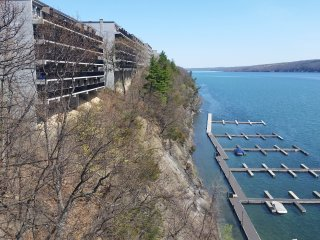 Bristol Harbour Cliffside Condo