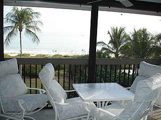 GORGEOUS TOP FLOOR CORNER 2 BEDROOM DIRECT OCEAN FRONT**SAT TO SAT NOT REQUIRED