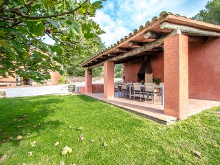 Catalunya Casas: Countryside Masia Gipot for 22 guests, only 20 min from the bea
