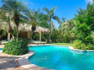 Spacieuse Villa San Lucas a 2 pas de la plage Las Ballenas !