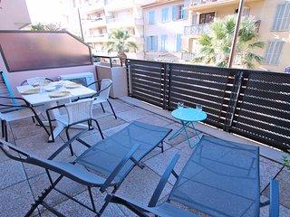 T2 4 personnes - Clim - Terrasse - Centre-ville - Ste Maxime