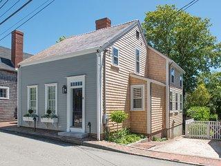 8 Charter Street, Nantucket, MA