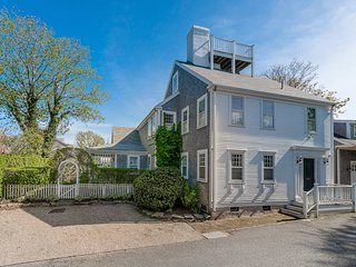 4 Mulberry Street, Nantucket, MA